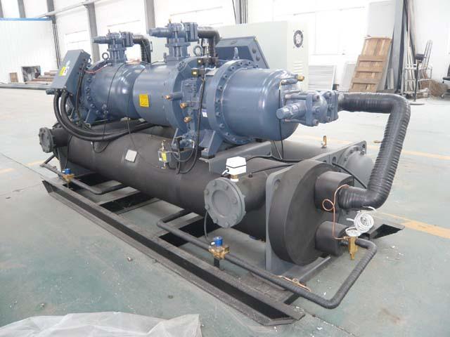 干式地(水)源热泵机组001